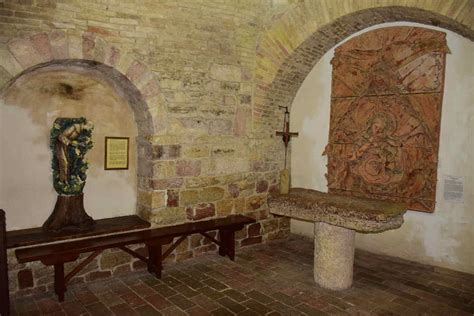 casa di san francesco la casa natale di san francesco ed i fondachi di pietro