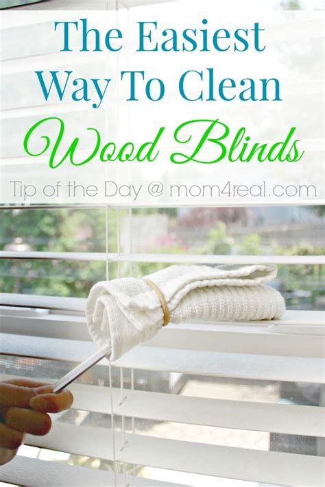 Best Way To Clean Dust Blinds 25 best ideas about cleaning wood blinds on