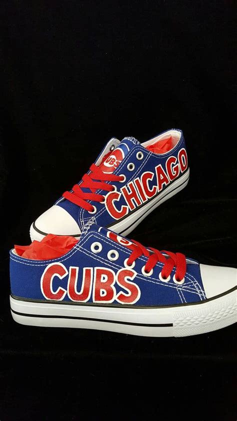 sports fan shoes 25 best world chion chicago cubs painted shoe