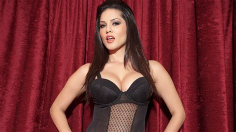 bollywood actresses age and height bollywood actress sunny leone biography height weight