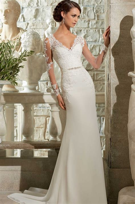 Wedding Dresses V Neck by 9 Types Of Necklines Which Look The Best With Sleeve