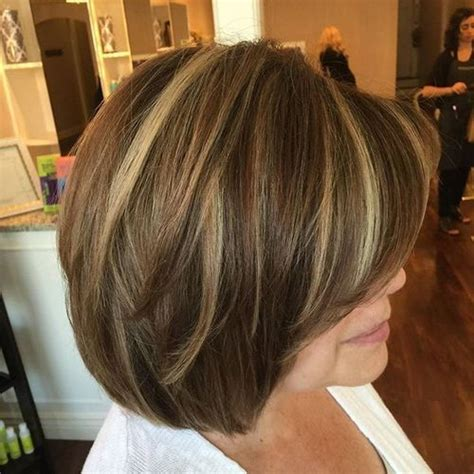 medium length brown hair with bangs and blonde highlights 40 universal medium length haircuts with bangs