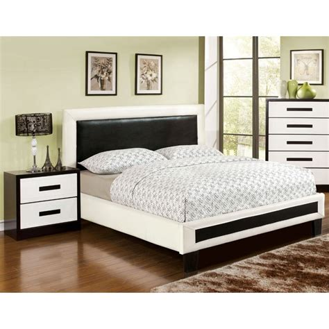 2 piece bedroom set furniture of america retticker 2 piece queen panel bedroom