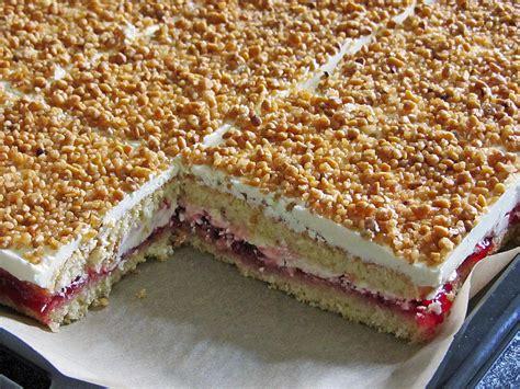 kuchen rezepte blechkuchen frankfurter kranz schnitten torte80 chefkoch de