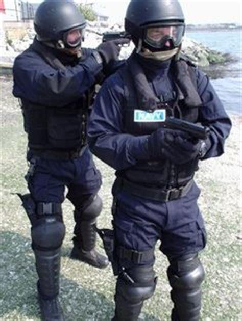 section 3 assault ireland karl martin irish army vehicles google search irish