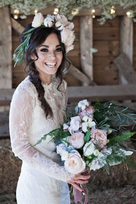Best 25  Brunette wedding hairstyles ideas on Pinterest
