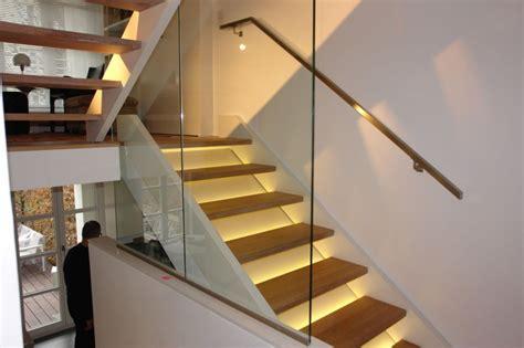 beleuchtung unter treppe glastreppen glasteam gmbh