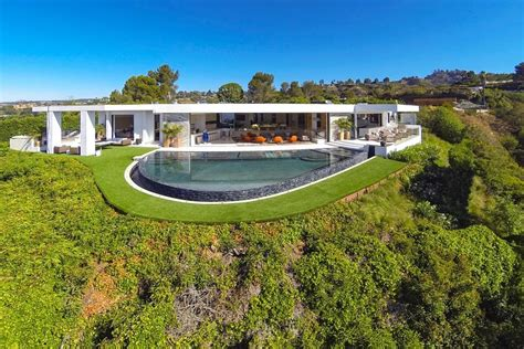notch minecraft house minecraft creator notch has bought the most expensive house in beverly hills minecraft for pc news