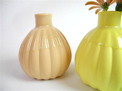 Yellow Vases Wholesale by Small Bud Vase Ribble In Lemon Yellow