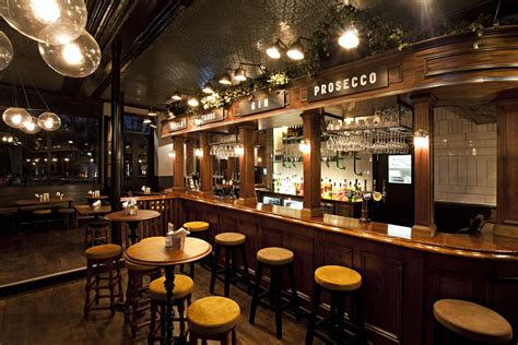 the draft house a good old east end rub a dub draft house birdcage 80 columbia road london e2 7qb