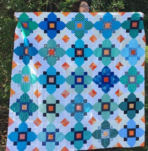 pattern for quatrefoil quilt block bhq by you april blossom heart quilts