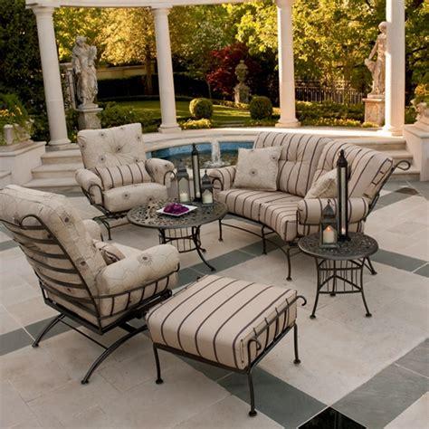 woodard terrace wrought iron  piece patio furniture set