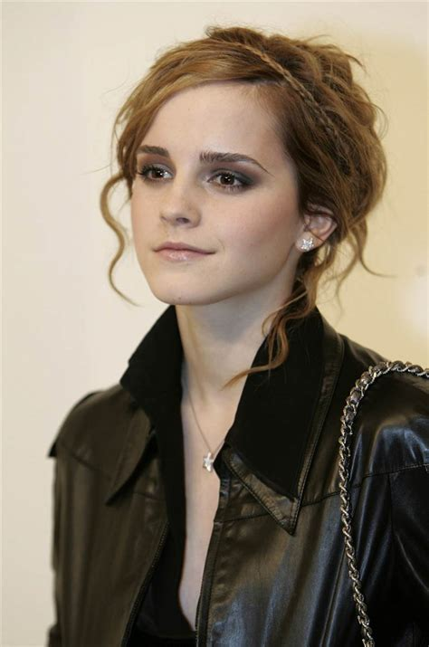emma watson emma watson s hair evolution from harry potter s hermione to disney s belle today com