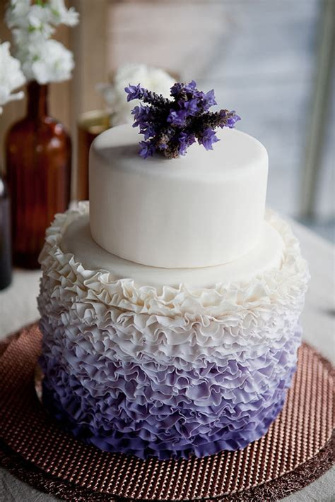 hochzeitstorte lavendel wedding trends ruffled cakes the magazine