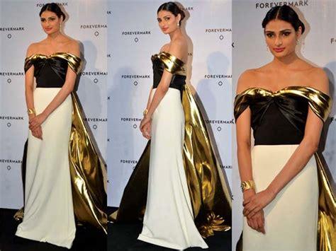 Dress Athiya athiya shetty looking stunning as in a bibhu