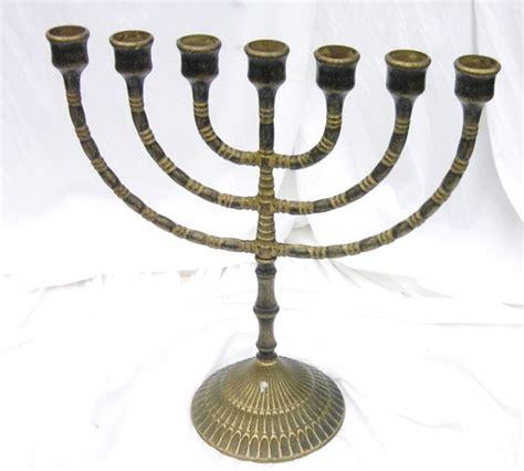 candelabro ebraico idee regalo tuttoinlegnomassiccio info