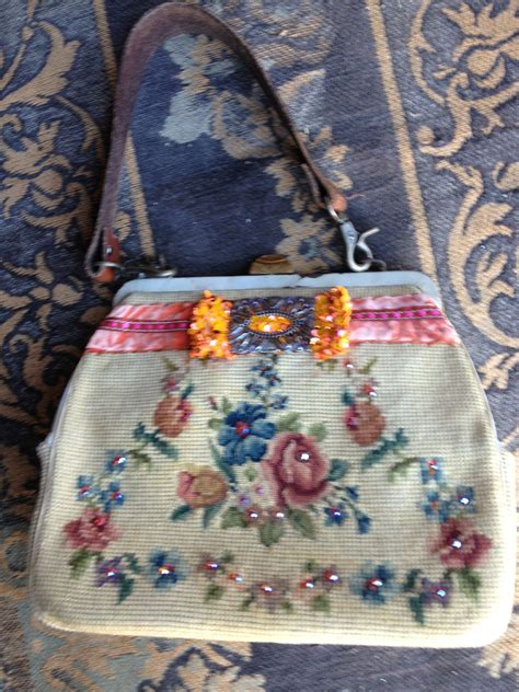 Tapisserie ée 50 by Re Fashioning The Vintage Needlepoint Handbags