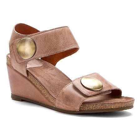Most Comfortable Wedge Sandals by Pin By Batchelor Mystylespot On Shoes