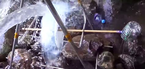 diy hydroelectric water wheel uses recycled plastic