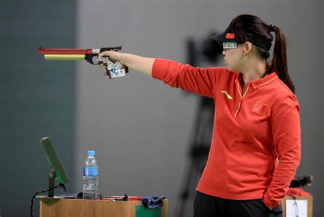 olympics day 9 shooting zhang mengxue wins gold medal in s 10 meter air
