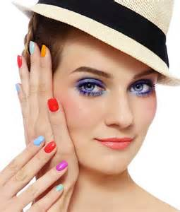 Nail varnish colours trends for spring summer 2017