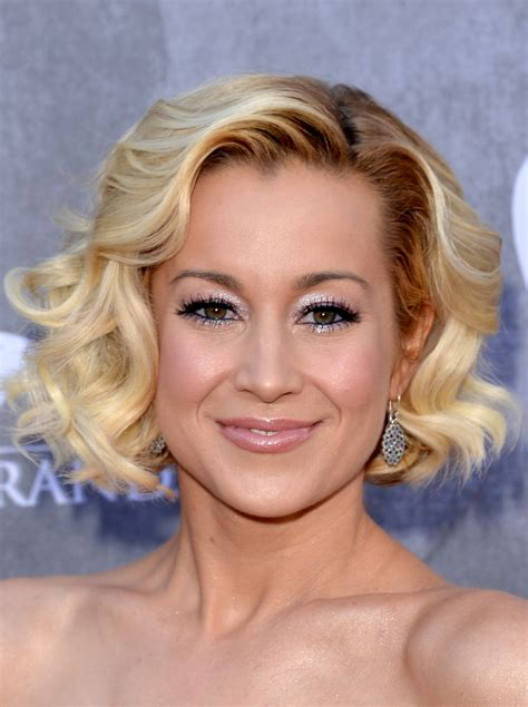 kellie pickler hairstyles latest kellie pickler short hairstyles looks stylebistro