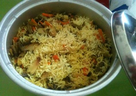 cooker vegetarian rice recipes how to make veg biryani in electric rice cooker