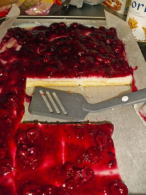 rote grütze kuchen rezept rote gr 252 tze kuchen rezept mit bild mimimaus4
