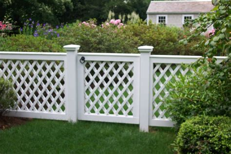Lattice Garden Fence New Woodworkers Custom Fence Company For Picket
