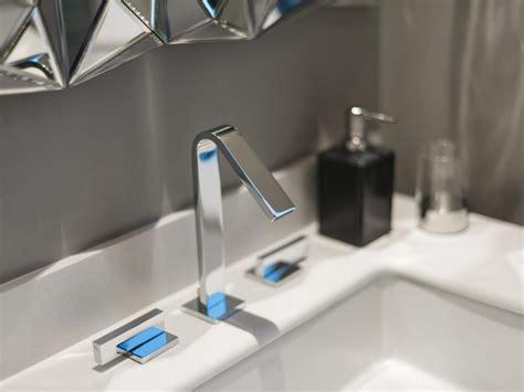 Modern Guest Bathroom Sinks Guest Bathroom Pictures From Hgtv Oasis 2014 Hgtv