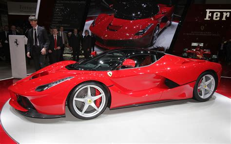 Ferrari Laferrari First Look New Cars Reviews
