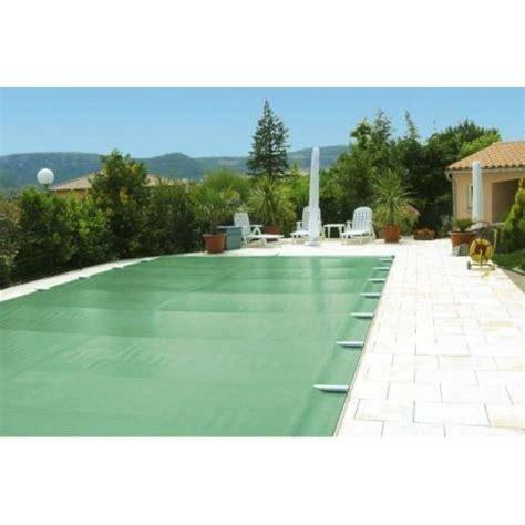 Exceptionnel Bache A Barre Pour Piscine #4: l-installation-d-une-bache-a-barre-sur-votre-piscine-15812-600-600-F.jpg