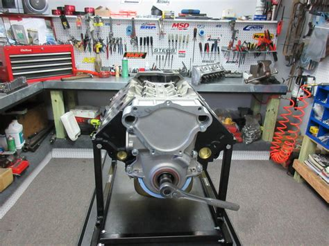 chrysler crate engines 360 c i chrysler crate engine with 475 hp