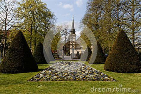 garten französisch franse tuin celle stock foto beeld 40808462