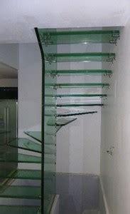 escalier en verre quart tournant lamorlaye  par