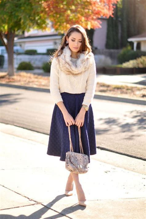 chic ways to wear your midi skirt during winter 23