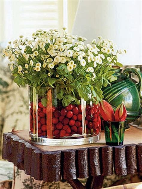 55 beautiful christmas centerpieces digsdigs
