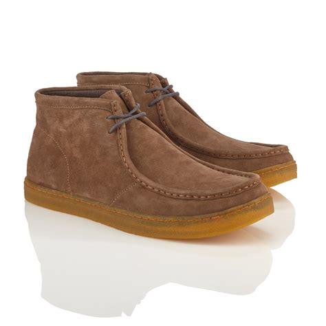 hush puppies chukka boots mens hush puppies s aquaice wallaboot chukka boot