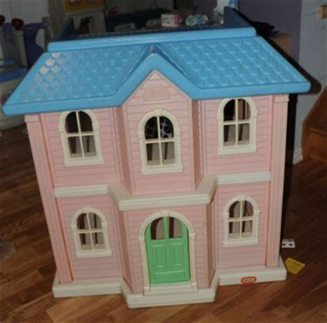 vintage barbie doll houses little tikes vintage barbie dollhouse