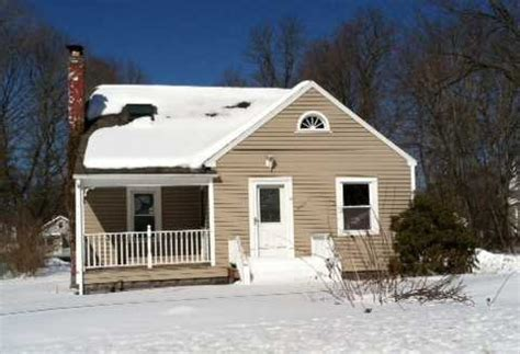 house for sale new hyde park 9 wright ave hyde park new york 12538 reo home details foreclosure homes free