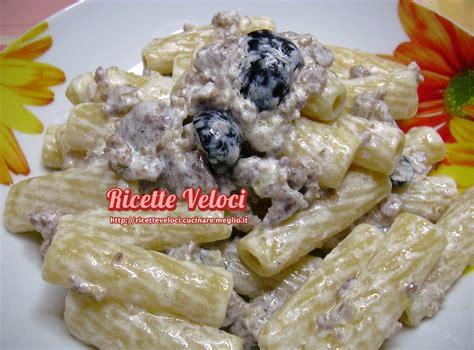 ricette primi piatti con panna da cucina tortiglioni con salsiccia olive e panna ricette veloci