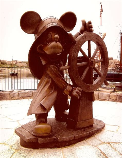 Tomica Tokyo Disney Resort Indiana Jones Skull Ship Japan helmsman mickey tokyo disney sea alison blanchard