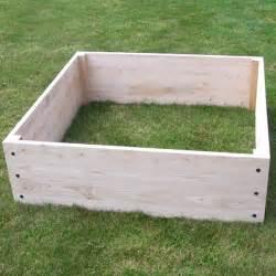 bac en bois pour jardin bac bois jardin sur enperdresonlapin