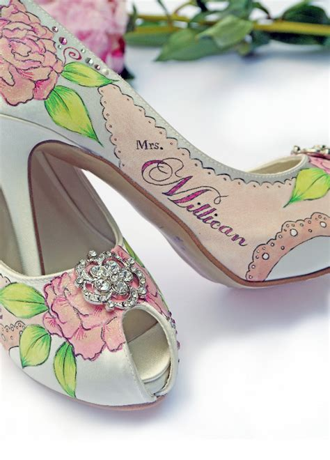 Amazing and unique hand painted wedding shoes from Le