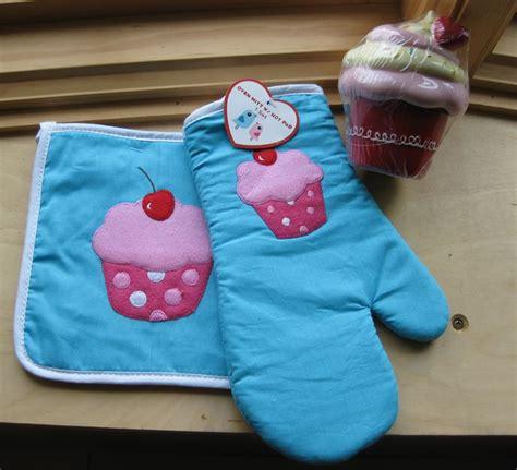 kitchen towels bing images cupcake kitchen decor kohl s bing images cup cake