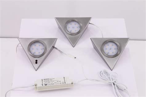 led verlichting keuken onderbouw len led keuken onderbouw verlichting driehoek rvs