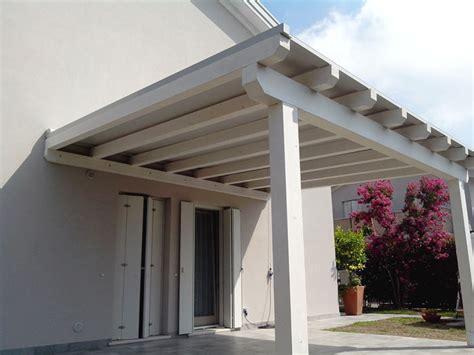 foto tettoie tettoie in legno foto legno lamellare in edilizia farne
