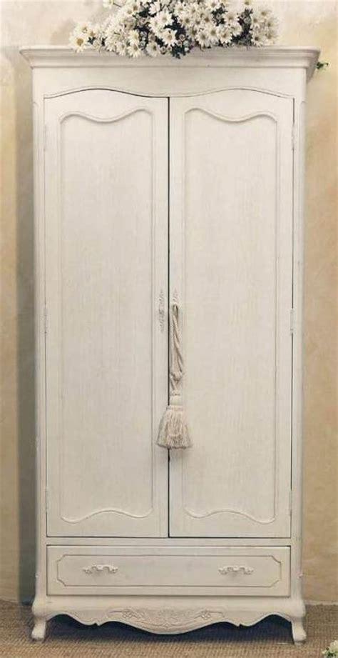 armadio provenzale arredamento provenzale armadio provenzale