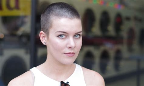 cutting womens hair on an odd shaped head 9 things girls with shaved heads are tired of hearing