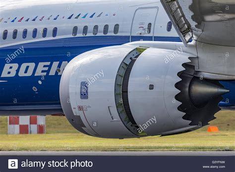 rolls royce trent 1000 engines on boeing 787 9 dreamliner